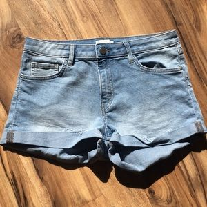 H&M shorts size 6 stretchy
